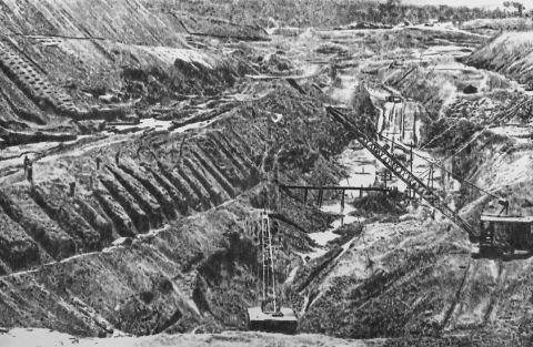 Baustelle, Fundstück-Zeitschrift-Lisboa, 2021